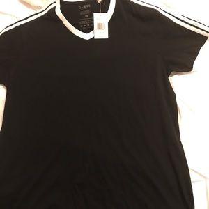 Guess shirt NEW!!!!!